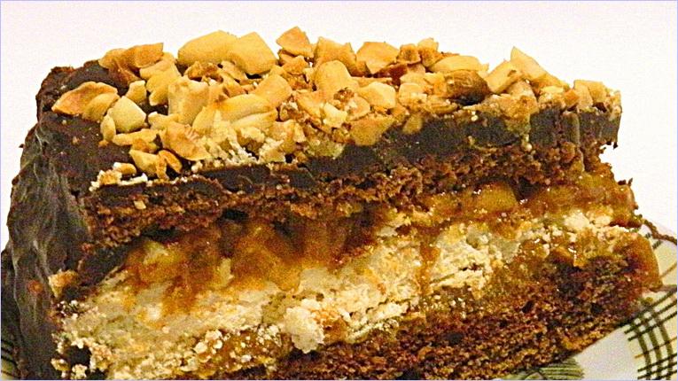 Рецепт торта сникерс с шоколадом и сгущенкой с фото