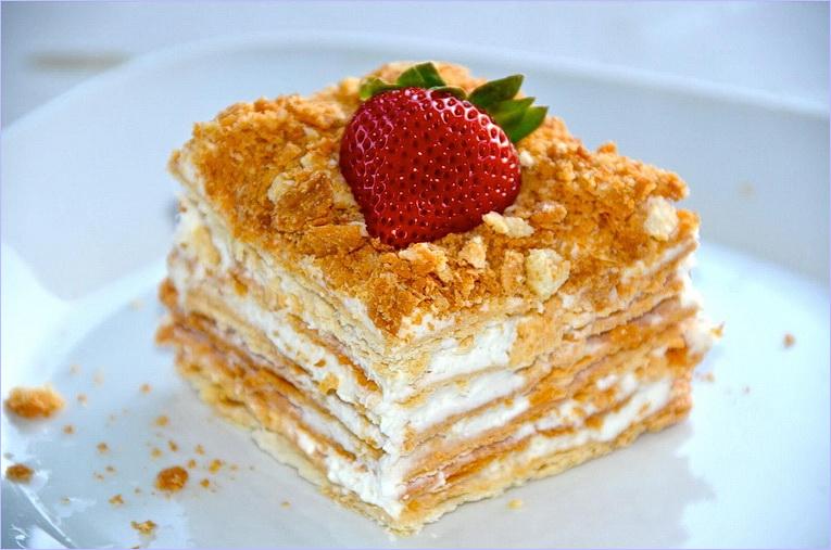 Торт наполеон с сгущенкой рецепт с фото